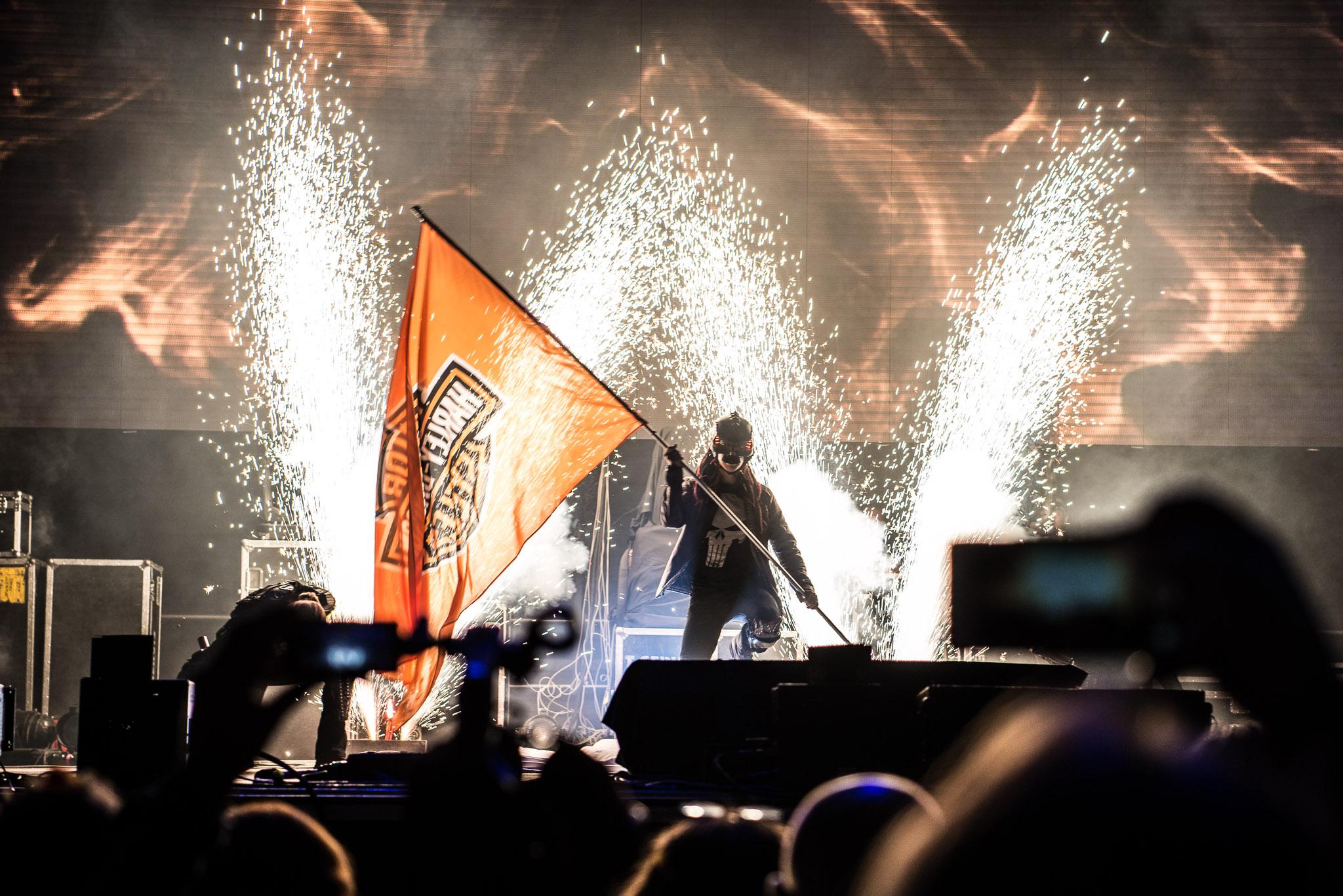 pyroterra pyro show, pyrotechnics fireshow - pyrotechnická show_Harley Davidson_Openning_megashow